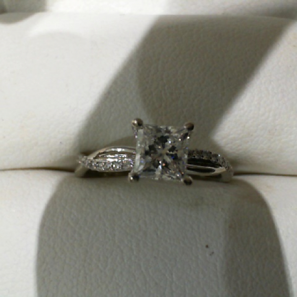 Engagement Ring by Makur